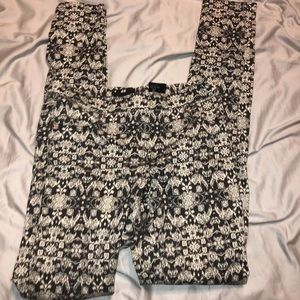 H&M Printed black and Cream Jeggings